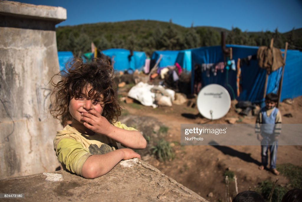 Syrian refugees in agricultural camps near Izmir : News Photo