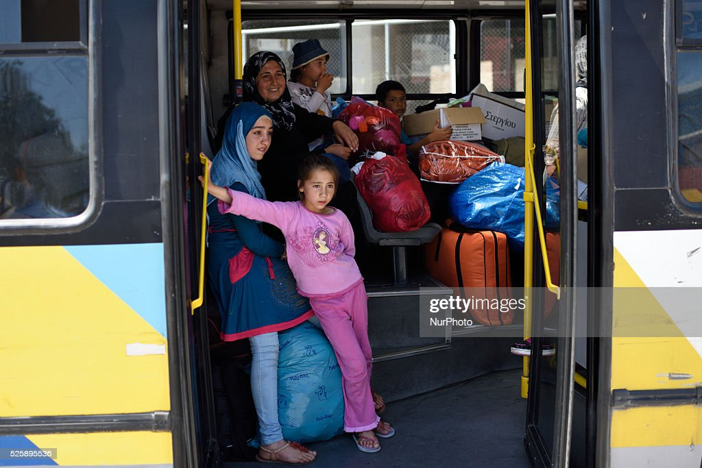 Refugees at Pireas Port, Athens : News Photo