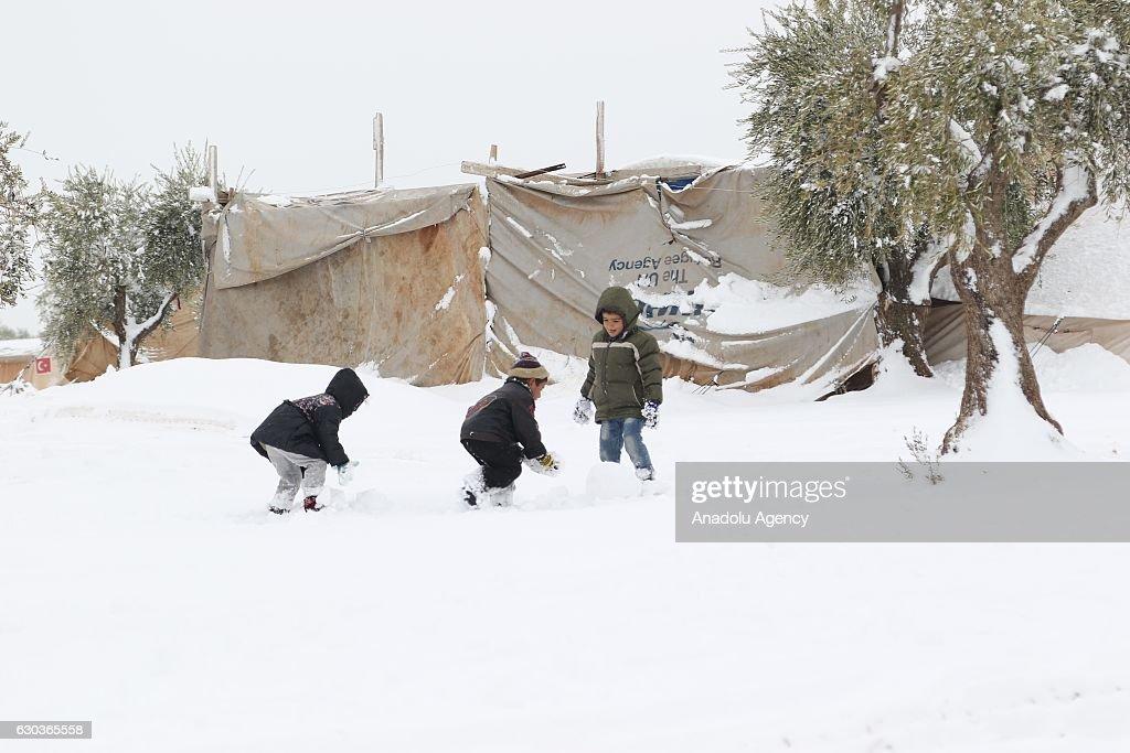 Snowfall in Aleppo : News Photo