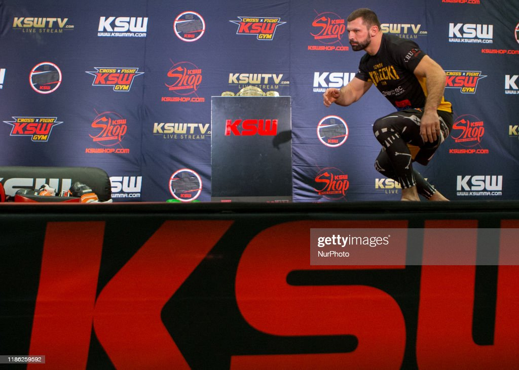 KSW 52 Media Training : News Photo
