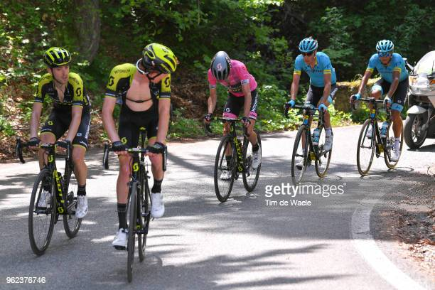 t / Simon Yates of Great Britain and Team MitcheltonScott Pink Leader Jersey / Refreshing / Mikel Nieve Ituralde of Spain and Team MitcheltonScott /...