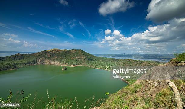 taal volcano caldera - taal volcano stock photos and pictures