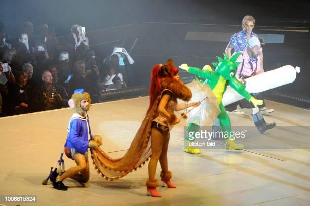 Tabaluga - Es lebe die Freundschaft! - die Show um den gruenen Drachen von und mit Peter Maffay und Band sowie mit Rufus Beck und Heinz Hoenig u.a....