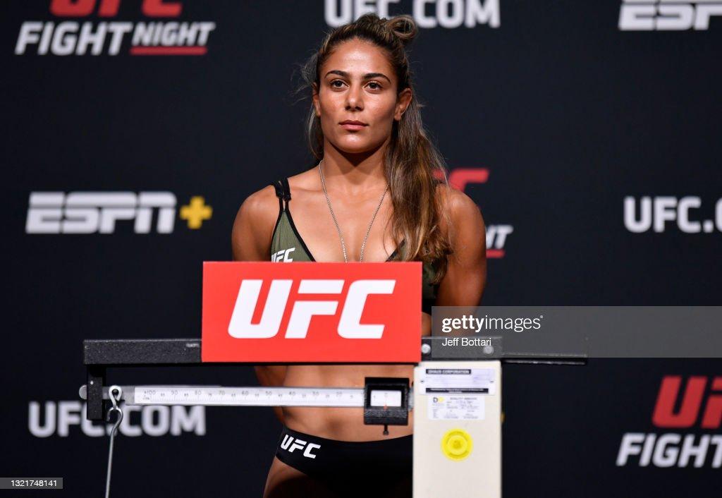 UFC Fight Night: Rozenstruik v Sakai Weigh-in : News Photo