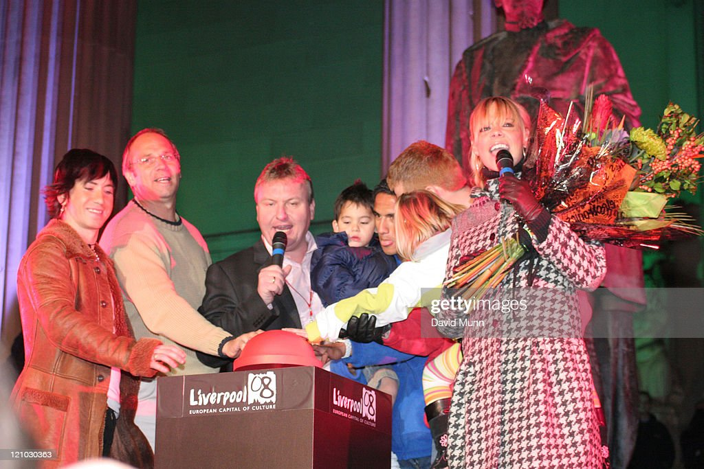 2005 Liverpool Christmas Lights Switch On