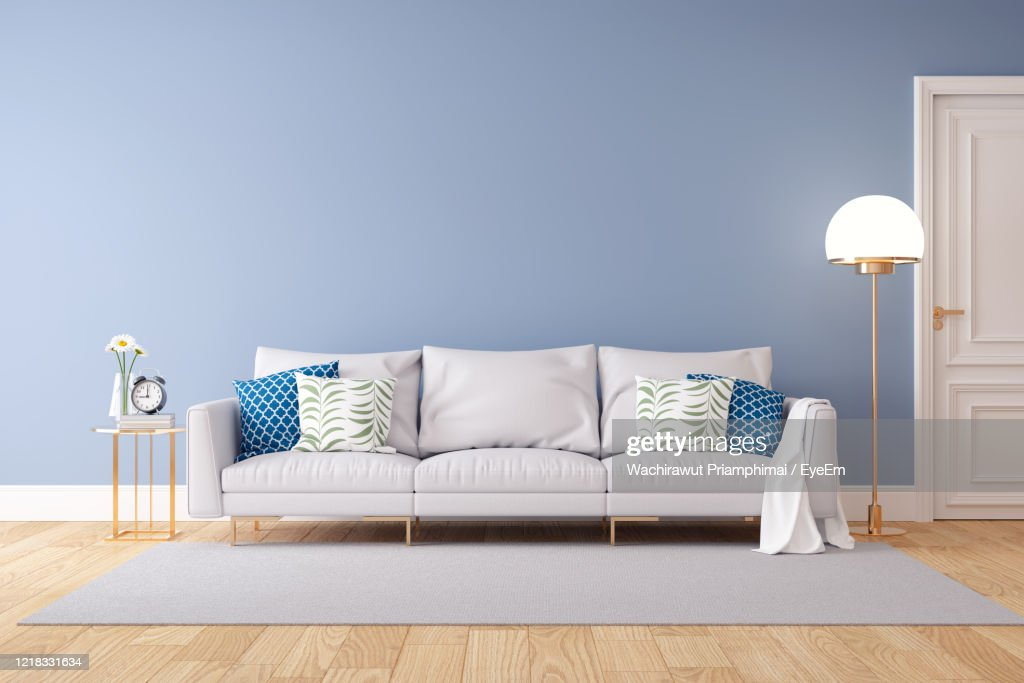 Table And Chairs On Hardwood Floor At Home : Foto de stock