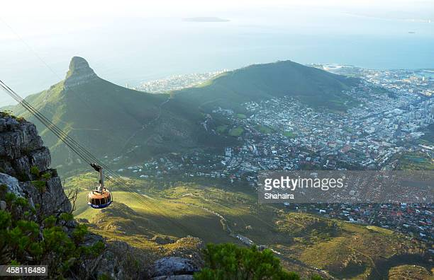 table mountain aerial cableway - table mountain stock pictures, royalty-free photos & images