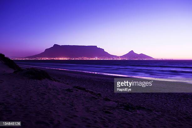 table mountain in the violet light of evening - image title stock pictures, royalty-free photos & images