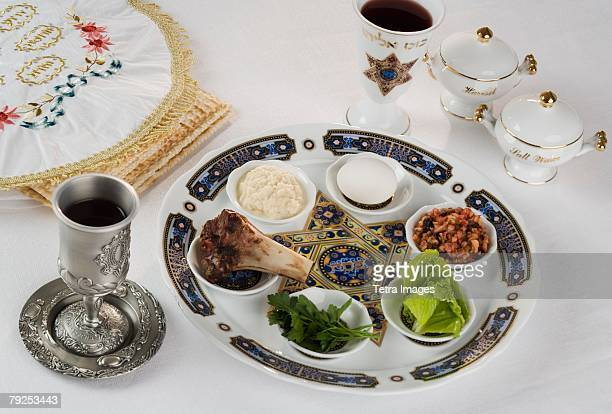 table set for seder - happy passover stock pictures, royalty-free photos & images