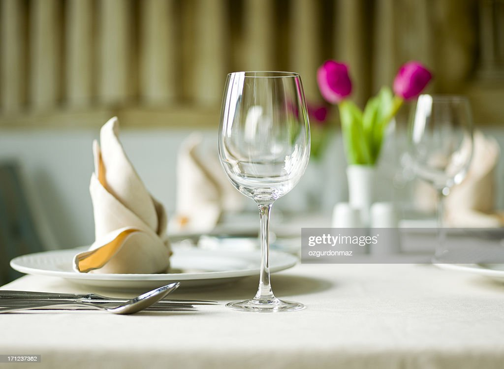 Table Setting & Place Setting Stock Photos and Pictures | Getty Images