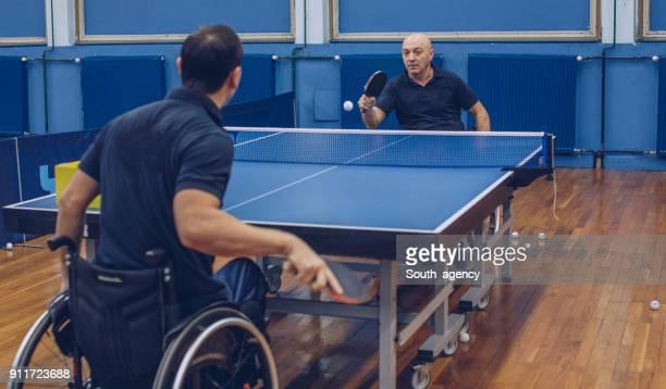 テーブル テニス ゲーム - 麻痺 ストックフォトと画像
