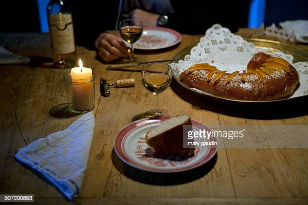 Table with Galette des Rois cake