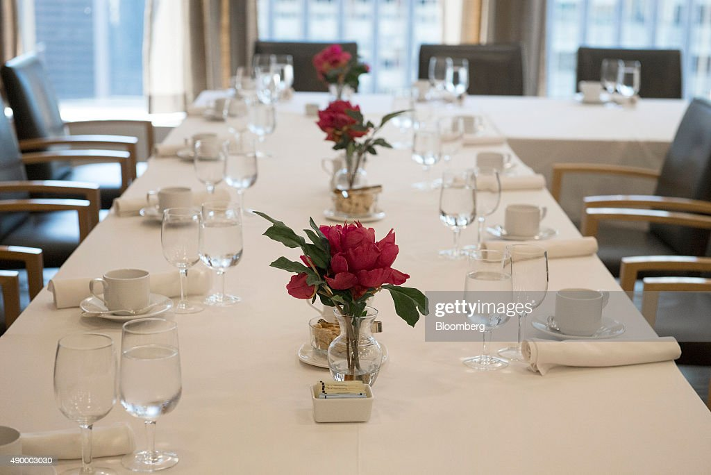 Tables for clients are set at the BNP Paribas SA office in New York, U.S., on Wednesday, Sept. 16, 2015. Many of Wall Street's biggest banks have revamped their dining facilities in recent years, adding copious amounts of salad and partnering with local businesses to provide a smorgasbord of organic offerings. Photographer: Stephanie Keith/Bloomberg via Getty Images