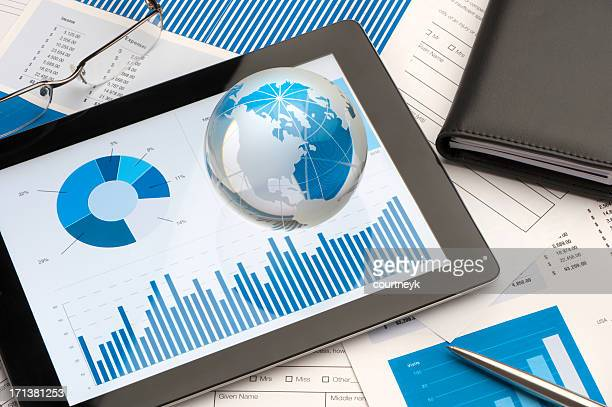 Tablet-Gerät mit business-Präsentation und business-Modelle