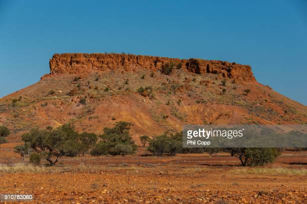 tabletop mesa - escarpment stock pictures, royalty-free photos & images