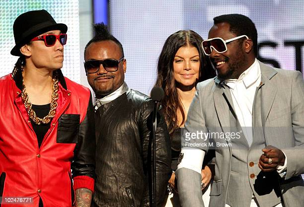 Taboo ApldeAp Fergie and William of The Black Eyed Peas speak onstage during the 2010 BET Awards held at the Shrine Auditorium on June 27 2010 in Los...
