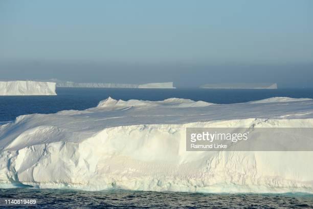 tabular iceberg, antarctic sound, antarctic peninsula, antarctica - antarctic sound stock pictures, royalty-free photos & images