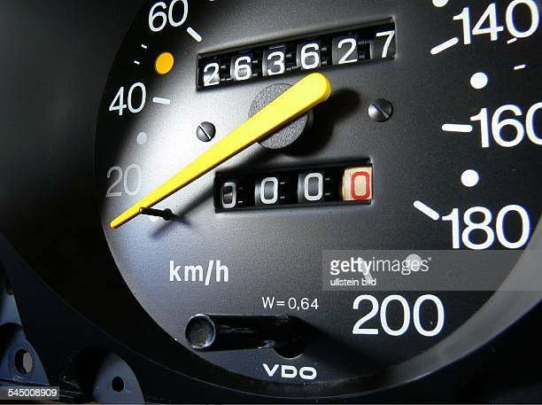tachometer of an old car is showing 263000 kilometers