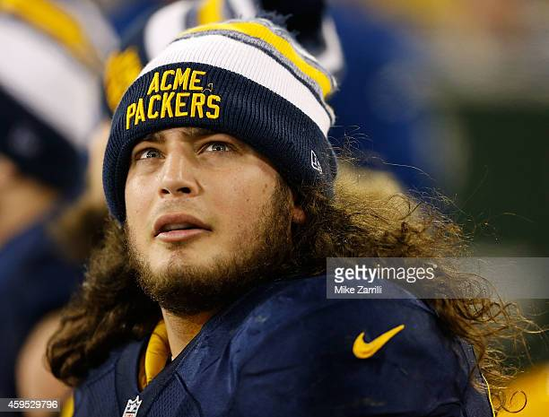 Tackle David Bakhtiari of the Green Bay Packers sits on the bench during the game against the Philadelphia Eagles at Lambeau Field on November 16...