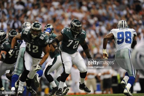 Tackle Tra Thomas of the Philadelphia Eagles blocks during the game against the Dallas Cowboys on September 15, 2008 at Texas Stadium in Irving,...