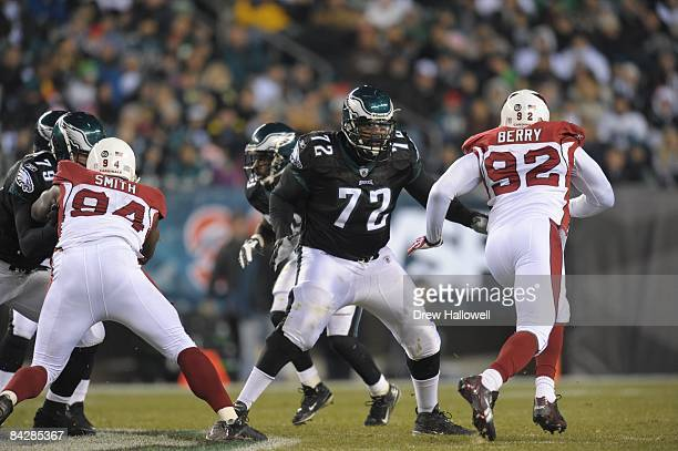Tackle Tra Thomas of the Philadelphia Eagles blocks during the game against the Arizona Cardinals on November 27 2008 at Lincoln Financial Field in...