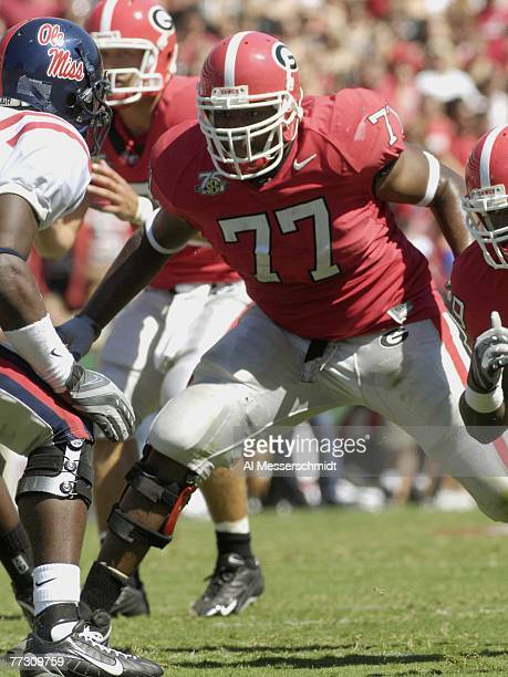 Tackle Trinton Sturdivant of the Georgia Bulldogs sets to block against the Mississippi Rebels at Sanford Stadium on September 29, 2007 in Athens,...