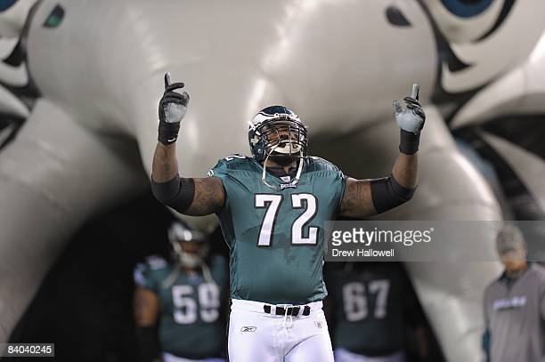 Tackle William Thomas of the Philadelphia Eagles enters the field prior to the game against the New York Giants on November 9 2008 at Lincoln...