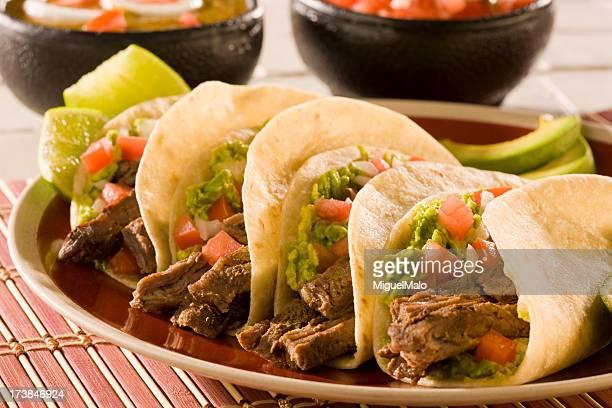 tacos - carne assada imagens e fotografias de stock