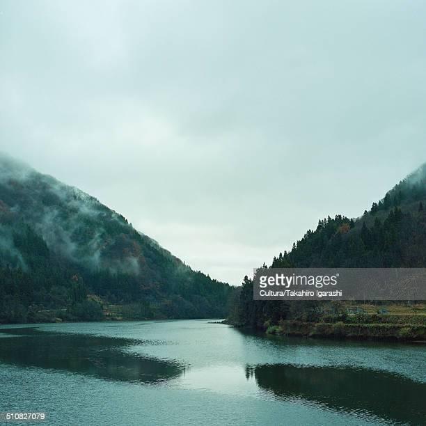 tadami river, fukushima, japan - 東北地方 ストックフォトと画像