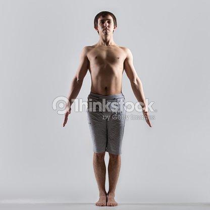 tadasana du yoga photo  thinkstock