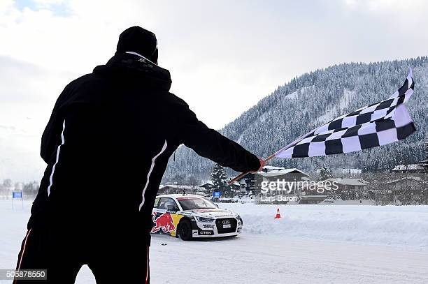 Tadeusz Blazusiak crosses the finish line during the final day of the Audi Quattro #SuperQ on January 20 2016 in Kitzbuehel Austria