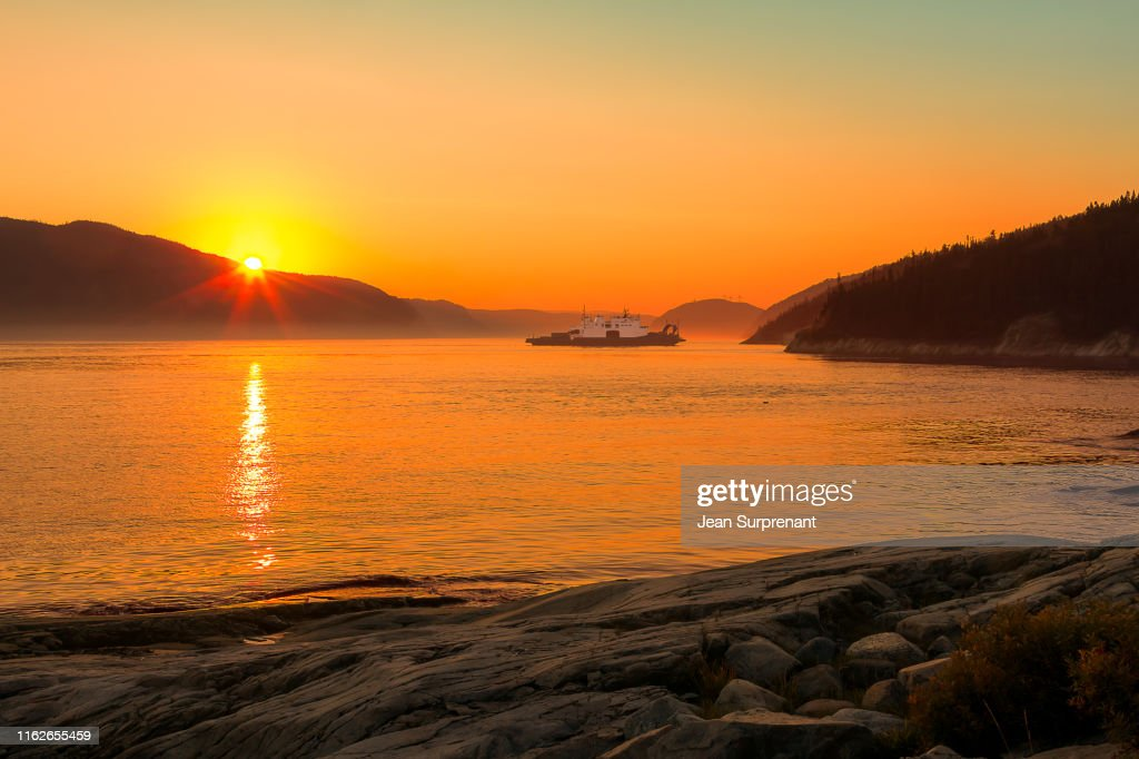 Tadoussac_sunset_DRI : Stock Photo