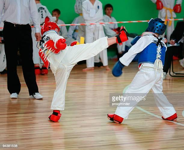 taekwando - taekwondo fotografías e imágenes de stock