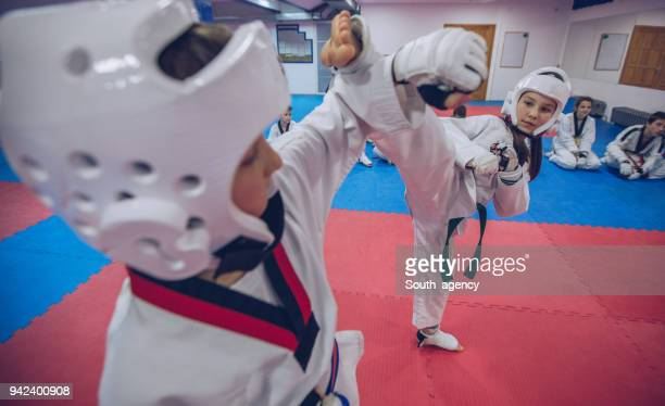 taekwondo training - judo stock photos and pictures