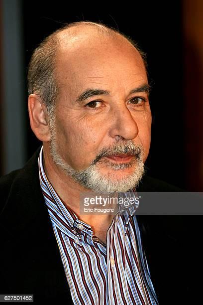 Tahar Ben Jelloun on the set of TV show 'Vol De Nuit'
