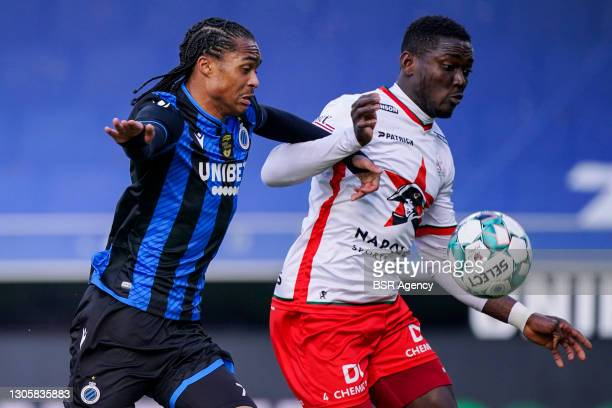 Tahith Chong of Club Brugge and Daniel Opare of Zulte Waregem during the Jupiler Pro League match between Club Brugge KV and Zulte Waregem at Jan...