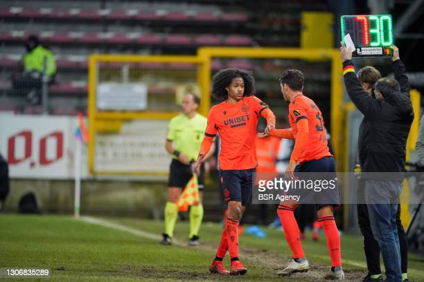 Tahith Chong of Club Brugge and Daniel Perez of Club Brugge during the Jupiler Pro League match between Charleroi and Club Brugge at Stade du Pays de...