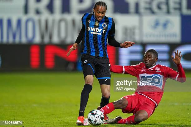 Tahith Chong of Club Brugge and Sambou Sissoko of KV Kortrijk during the Jupiler Pro League match between KV Kortrijk and Club Brugge at Guldensporen...