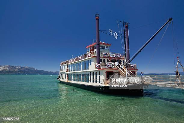 tahoe クイーン - サウスレイクタホ ストックフォトと画像