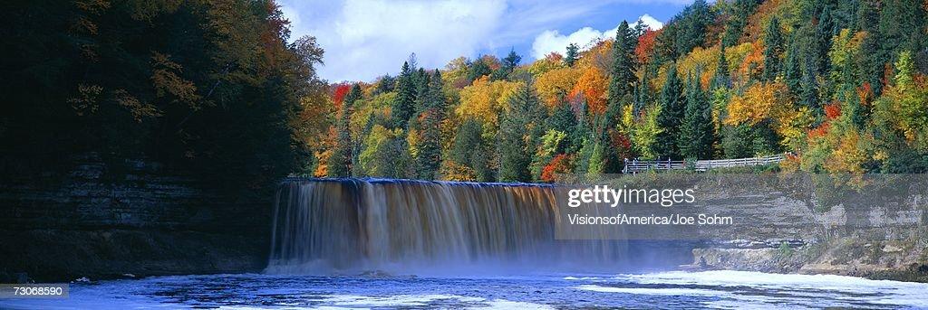 Tahquamenon Fall State Park. Inspired Longfellow's Song of Hiawatha. Michigan : Stock Photo