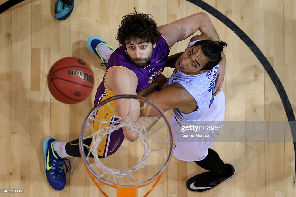 Tai Wesley of the New Zealand Breakers (R) and Julian Khazzouh of the Sydney Kings compete for the ball during the NBL pre-season match between the New Zealand Breakers and the Sydney Kings at Stadium Southland on September 11, 2015 in Invercargill, New Zealand.