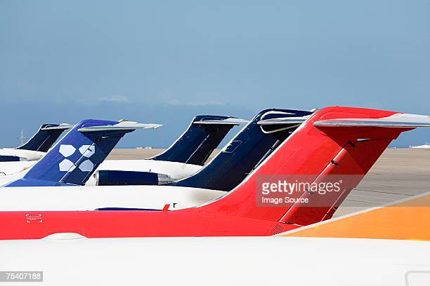 tail fin of an aeroplane - vertical stabilizer stock pictures, royalty-free photos & images