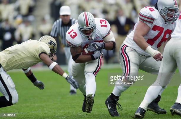 Tailback Maurice Clarett of the Ohio State University Buckeyes carries the ball against the Purdue University Boilermakers during the game at RossAde...