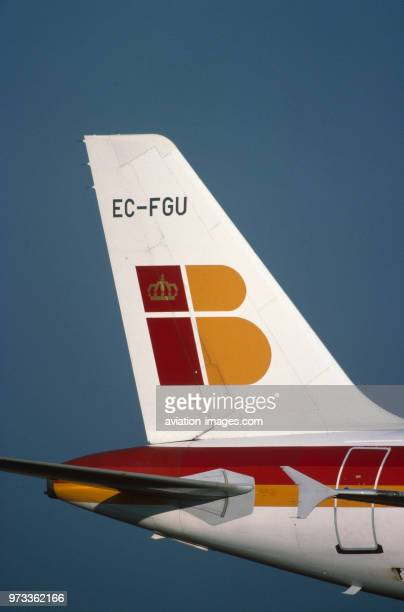 tailfin and horizontalstabiliser of an Iberia Airbus A320200