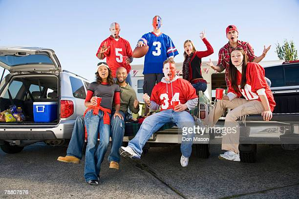 tailgating football fans - tailgate party stock pictures, royalty-free photos & images