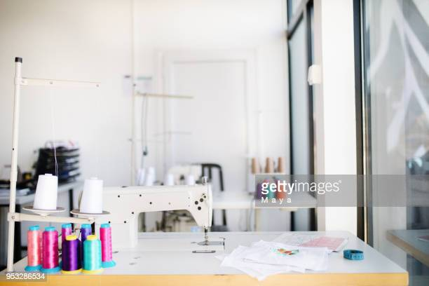 tailor studio - sewing machine stock pictures, royalty-free photos & images