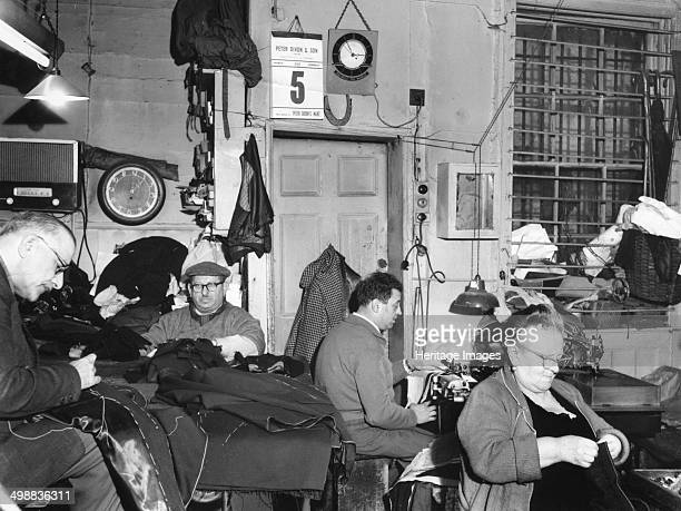 Tailor's workshop Whitechapel London Interior of Z Nathan's tailoring workshop at 80 Cable Street Between 1881 and 1914 two million Jews left Eastern...