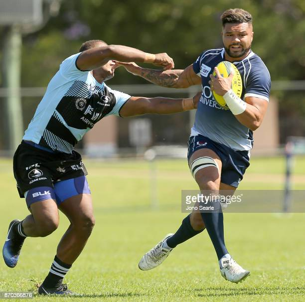Tainui Ford of QLD makes a run during the NRC Semi Final match between Queensland Country and Fijian Drua at Clive Berghofer Stadium on November 5...