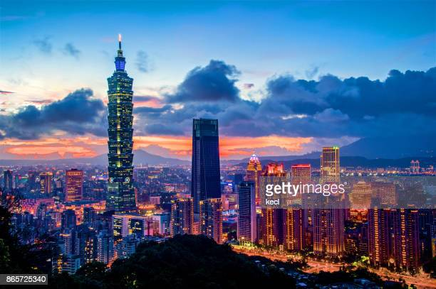 taipei 101 scraper - taiwan stock photos and pictures