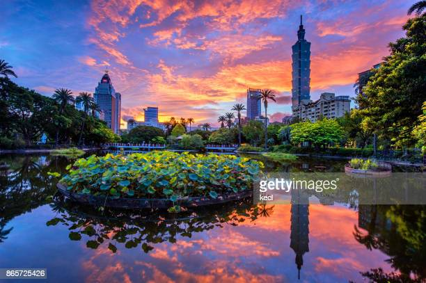 taipei 101 scraper - capital cities stock photos and pictures